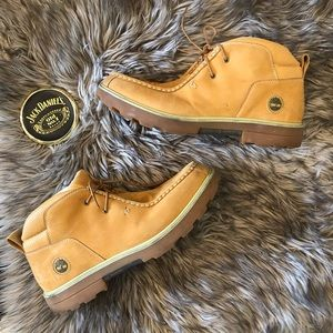 Men's Low Top Timberland Suede & Leather Boots